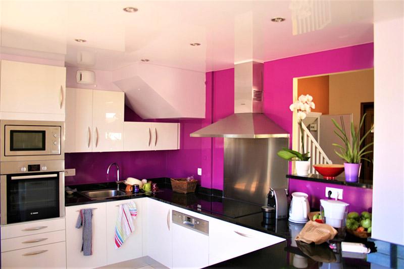 sp cialiste du plafond tendu lyon 69000. Black Bedroom Furniture Sets. Home Design Ideas