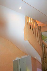 Habillage escalier laque blanc
