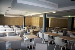 Restaurant plafond à froid acoustique